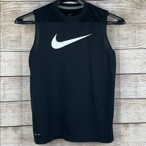 Nike boys muscle tank top black size large